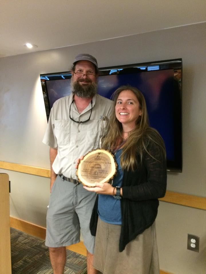 Lisa Perry, with Dan Hill, receiving the 2015 Environmental Educator of the Year Award